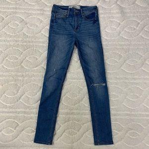 Women's Abercrombie High Rose Skinny Jeans sz 2